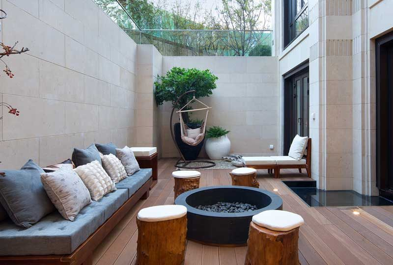 为什么成都别墅装修都喜欢往下挖半层?做成了庭院才知道,有这么多好处