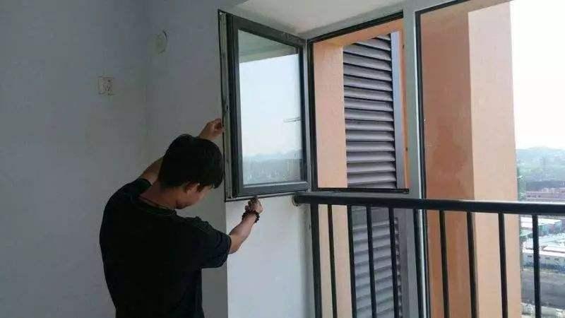 成都装修门窗检查